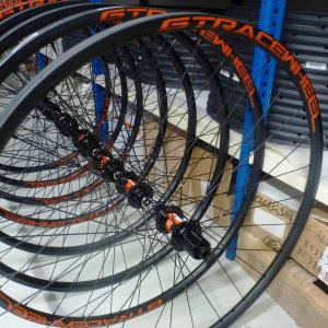 roues cyclocross a disque 24mm