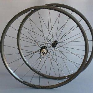 r24-roue-carbone-gtracewheel